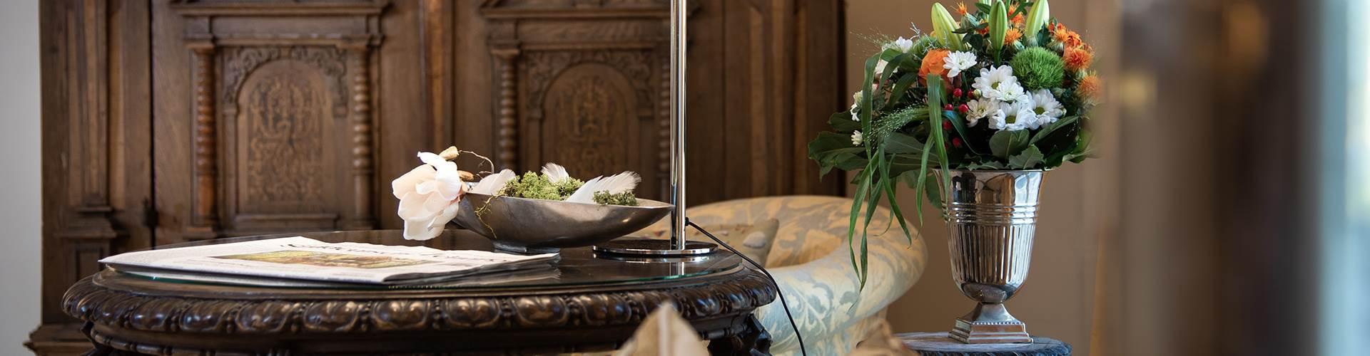 Elegante und traditionelle Hoteleinrichtung